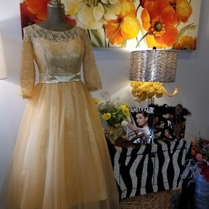 💃HP 2/3/19 Vintage Style Golden Tulle Dress🧚‍♀️